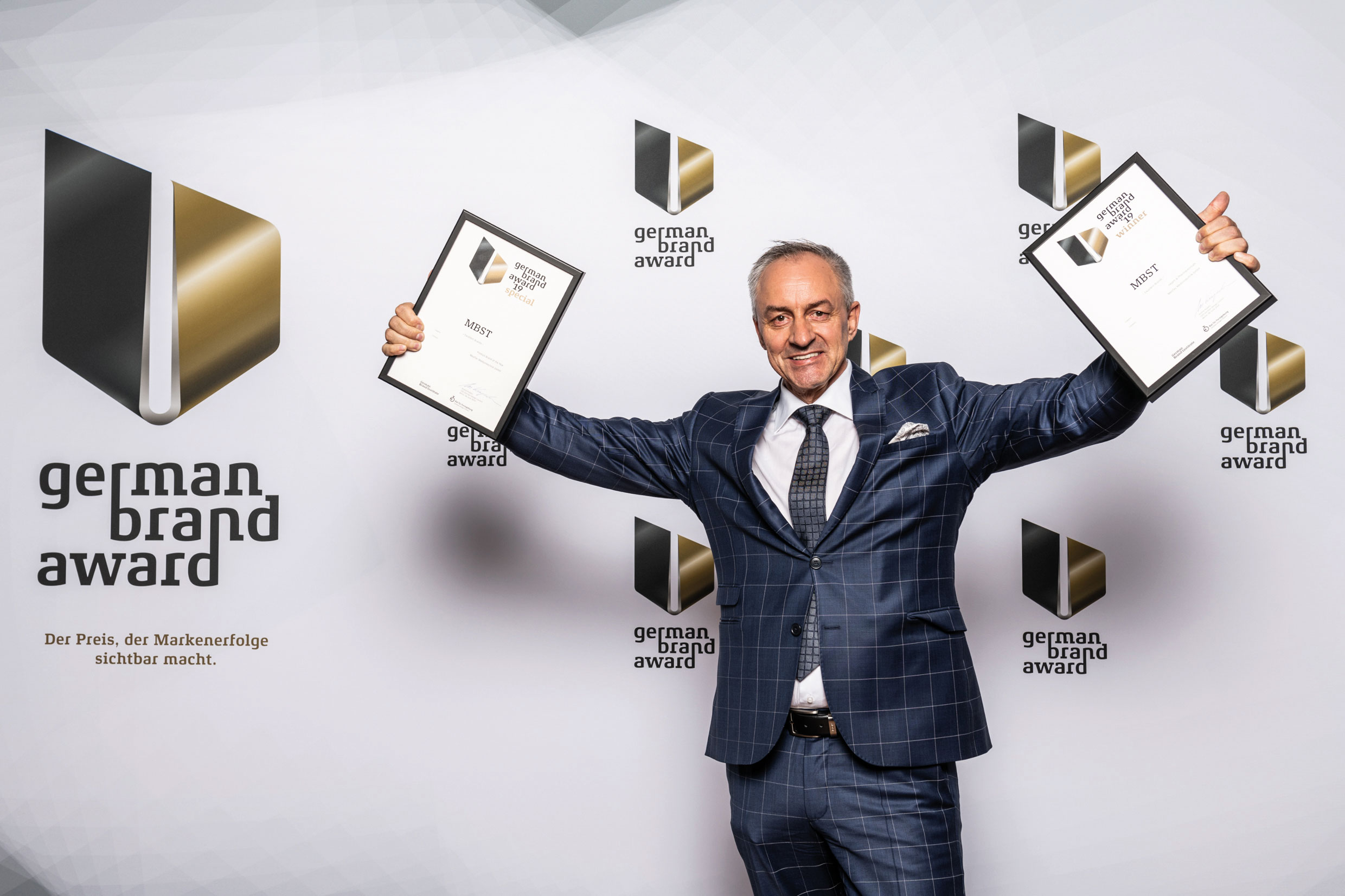 Marketing Chef Guido Finkes mit den German Brand Awards 2019 Winner und Special Mention